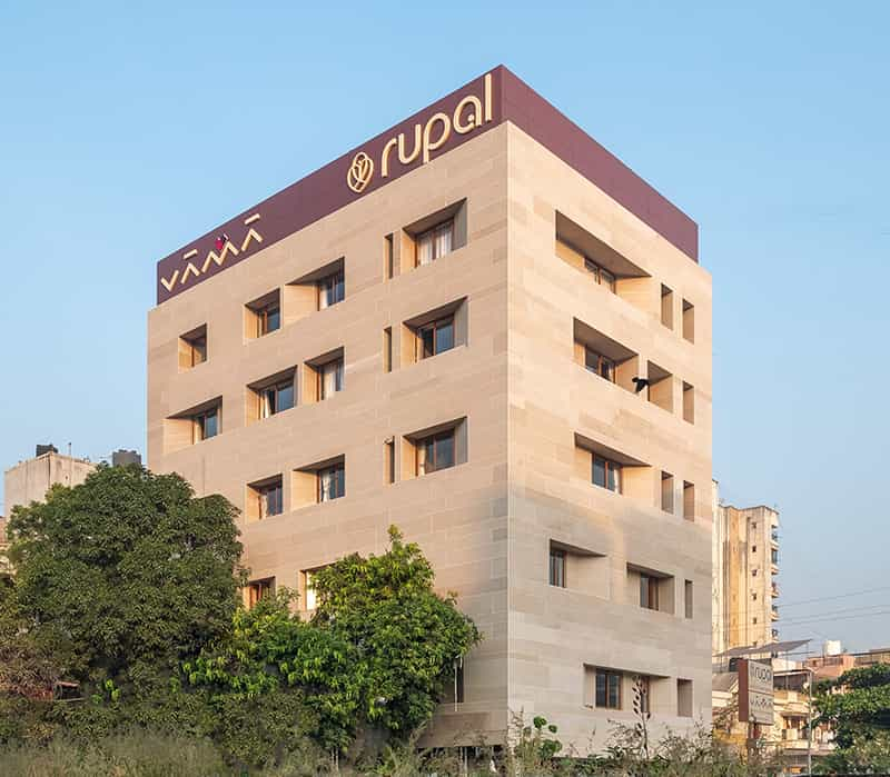 breast cancer hospital in Surat